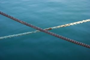 ship-ropes-1261392-m
